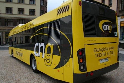Autobus na zemní plyn - CNG
