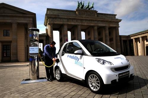 Elektromobil Smart ED v projektu e-mobility Berlin