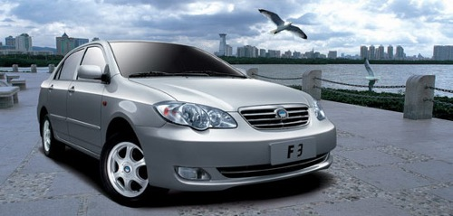 hybridní automobil BYD F3DM