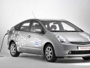 Toyota Prius plug-in hybrid 2010
