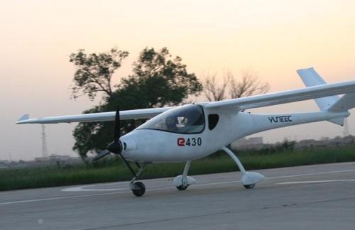 Elektrické letadlo Yuneec E430