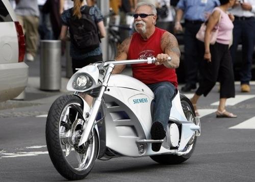 elektromotocykl Smart Chopper a její tvůrce Paul Teutul
