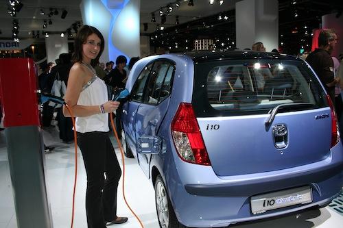 Autosalon IAA Frankfurt 2009 - elektromobil Hyundai i10 Electric