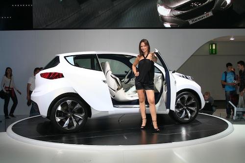 Autosalon IAA Frankfurt 2009 - Hyundai ix-Metro koncept