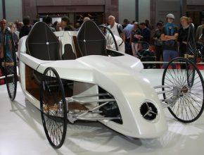 Autosalon IAA Frankfurt 2009 - Mercedes-Benz F-CELL Roadster koncept