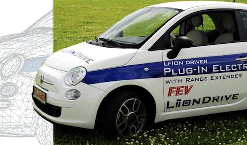 Fiat 500 FEV plug-in hybrid s wankelovým motorem