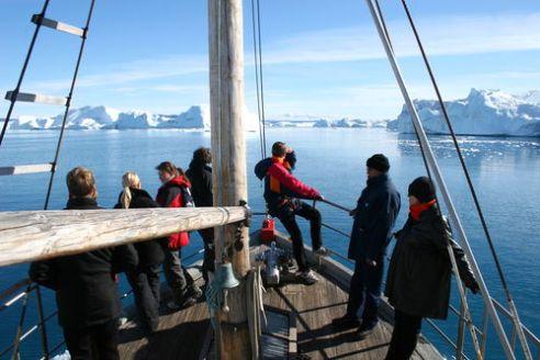 Island - výprava na moře k ledovcům
