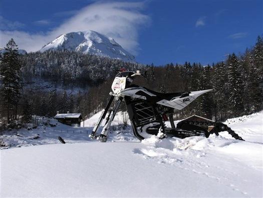 Elektroskútry - Quantya - sněžné saně