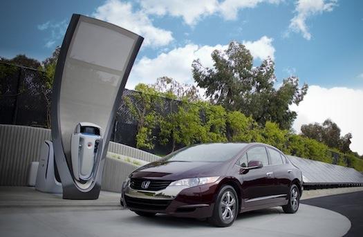 Honda - vodíková čerpací stanice + FCX Clarity