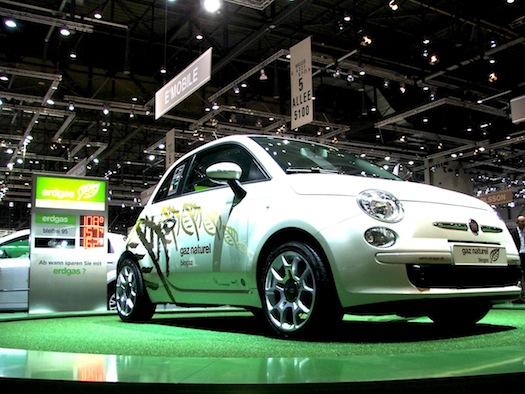 Autosalon Ženeva 2010 - Fiat 500 CNG - zemní plyn
