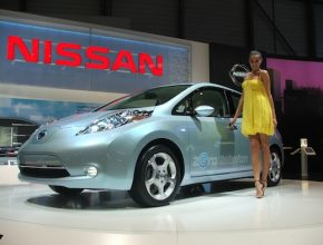 Autosalon Ženeva 2010 - Nissan Leaf