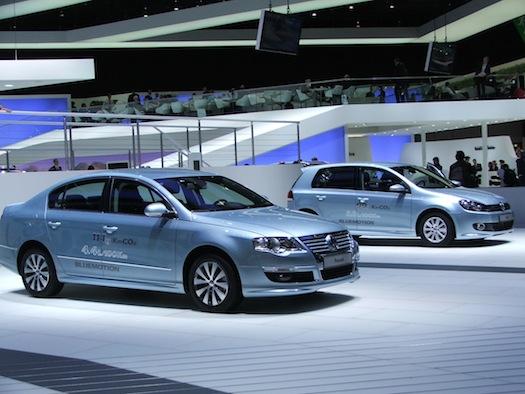 Autosalon Ženeva 2010 - Volkswagen Passat Bluemotion