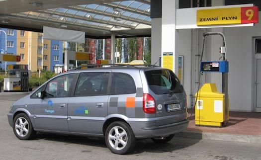 zemní plyn - plnící stanice - Opel Zafira CNG