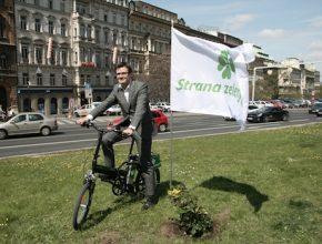Hybrid.cz obrázky elektrokola Strana zelených předvolební kampaň Ondřej Liška na elektrickém kole