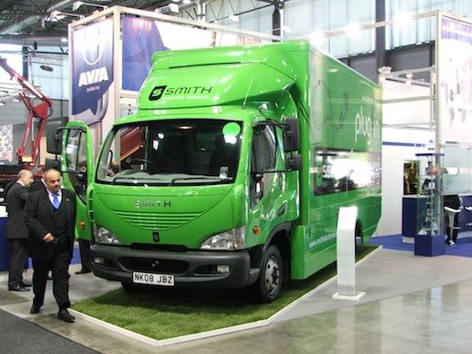 Autosalon Brno - Autotec 2010 - Avia Smith Electric - elektrické nákladní auto