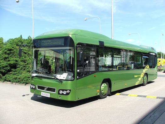 Autosalon Brno - Autotec 2010 - hybridní autobus Volvo