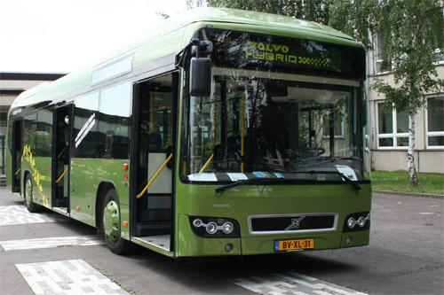 Hybridní Volvo 7700