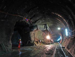 dopravní stavby ražba tunelu Gotthard Alpy