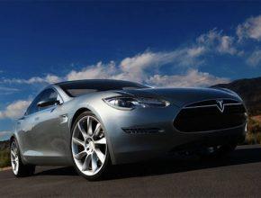 elektromobily Tesla Model S 2011
