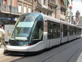 Praha moderní tramvaj