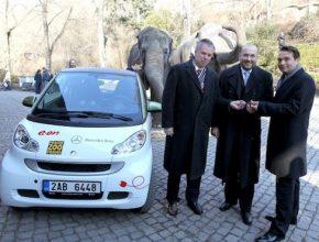 elektromobily Zoo Praha Smart ED předání E.On