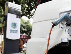 Čína - dobíjecí stanice pro elektromobily