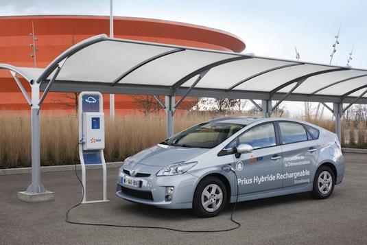 auto hybridy Toyota Prius Plug-in hybrid