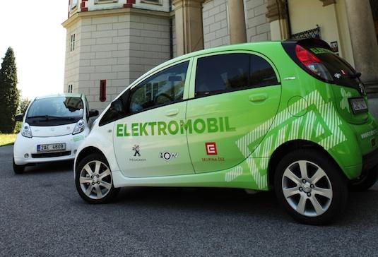 elektromobil Peugeot iOn Vrchlabí Smart Region ČEZ