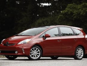 auto 2012 Toyota Prius V Hybrid