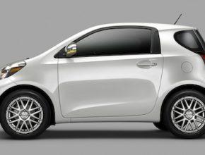 auto Toyota iQ Scion EV