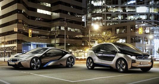 auto elektromobil BMW i3 plug-in hybrid i8