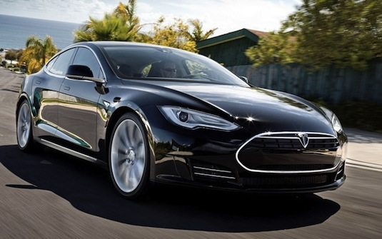 auto elektromobil Tesla Model S alpha prototyp