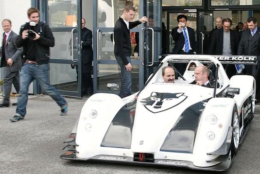 auto elektrombil eCarTec 2011 Mnichov zdarma