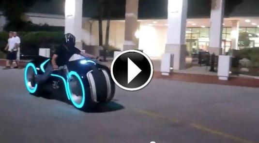 elektromotorka Lightcycle
