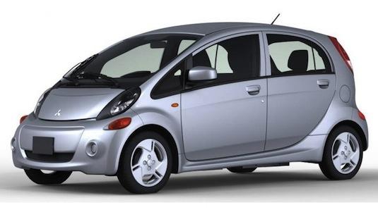 auto elektromobil Mitsubishi i pro USA