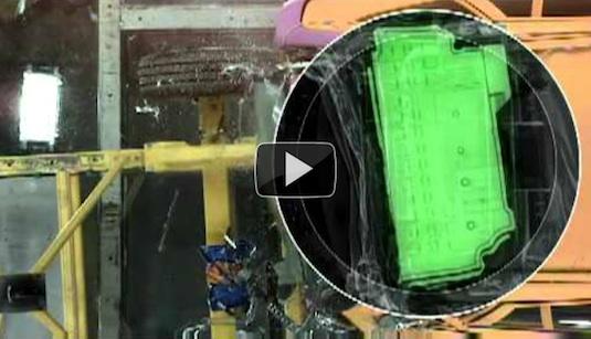 auto hybrid video Volvo V60 plug-in hybrid crash test