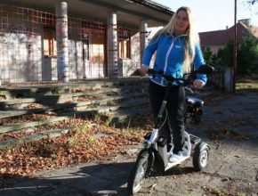 BikeBoard - test - elektrická tříkolka