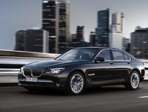 auto BMW řady 7 jako elektromobil?