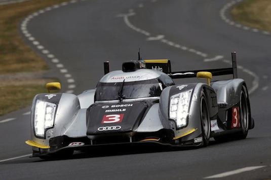 auto hybrid Audi R18 Le Mans