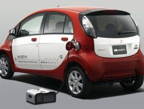 auto elektromobil Mitsubishi i MiEV power BOX
