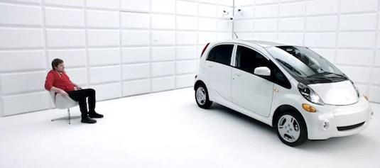 auto elektromobil reklamní spoty elektrofobie Mitsubishi i