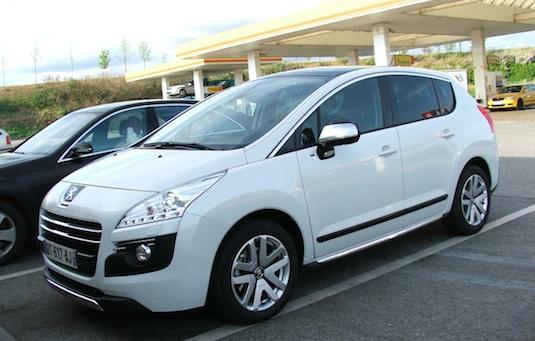 test první dojmy Peugeot 3008 Hybrid4