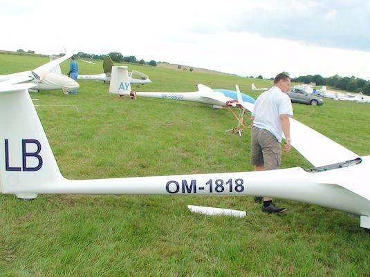elektroletadlo elektrické letadlo LAK-17 FES