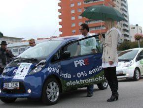 auto elektromobil start závodu tichá cesta 2012 elektromobil Citroen C-Zero společnosti PRE