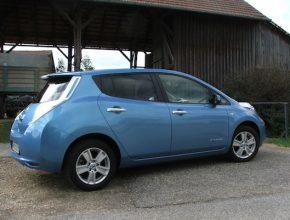 auto elektromobil Nissan Leaf Rakousko