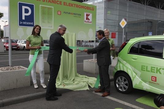dobíjecí stanice pro elektromobily Kaufland Vypich