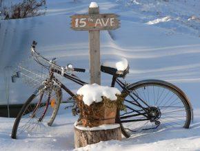 jízdní kolo zima sníh cyklostezky