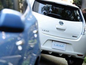 auto elektromobil 2013 Nissan Leaf Japonsko