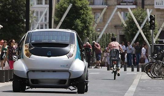 auto elektromobil Hiriko