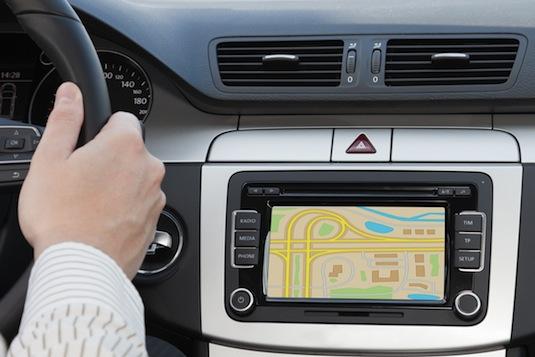 auto elektromobil Internet na kolech vyšší bezpečnost Siemens